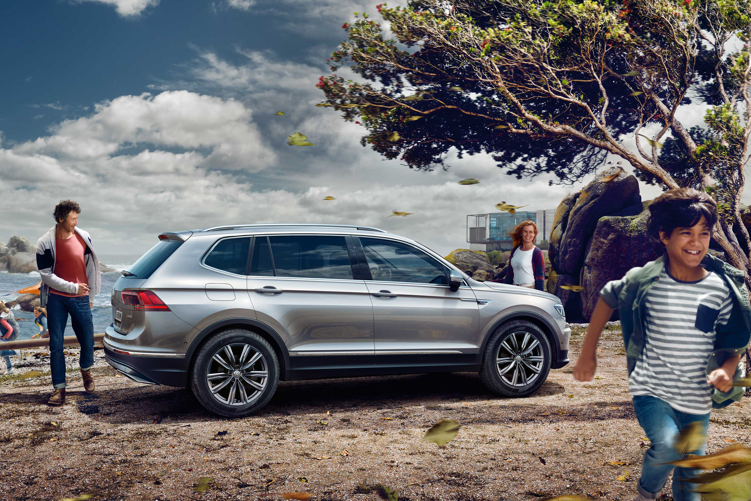 VW volkswagen Tiguan Allspace бял страничен изглед